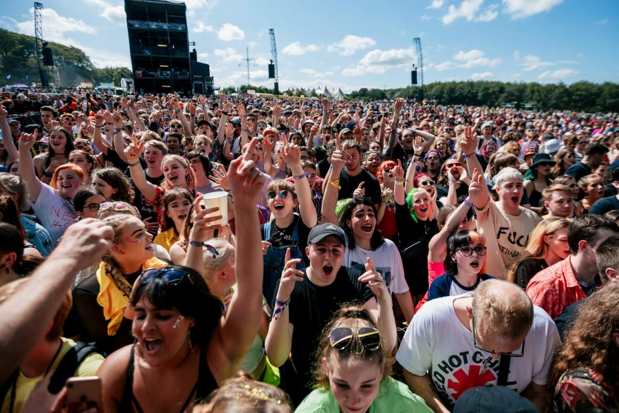 swmrs leeds festival 2019 crowd