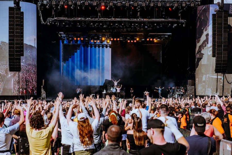 enter shikari crowd leeds festival 2019