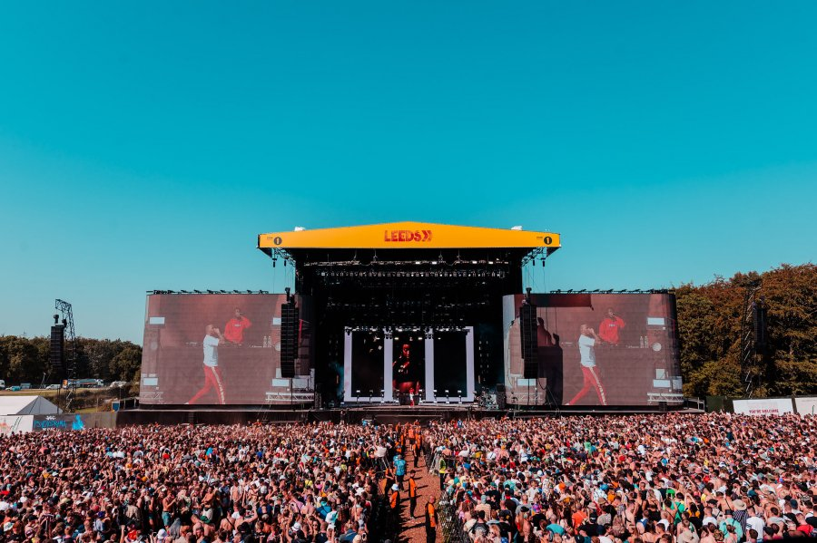 the crowd for aj tracey at leeds festival 2019